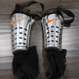 """Nike Soccer Shin Guards 9"""" Tall Size Large Adult"""